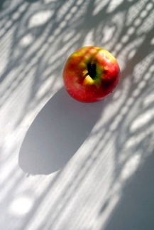 Apple and Shadow3